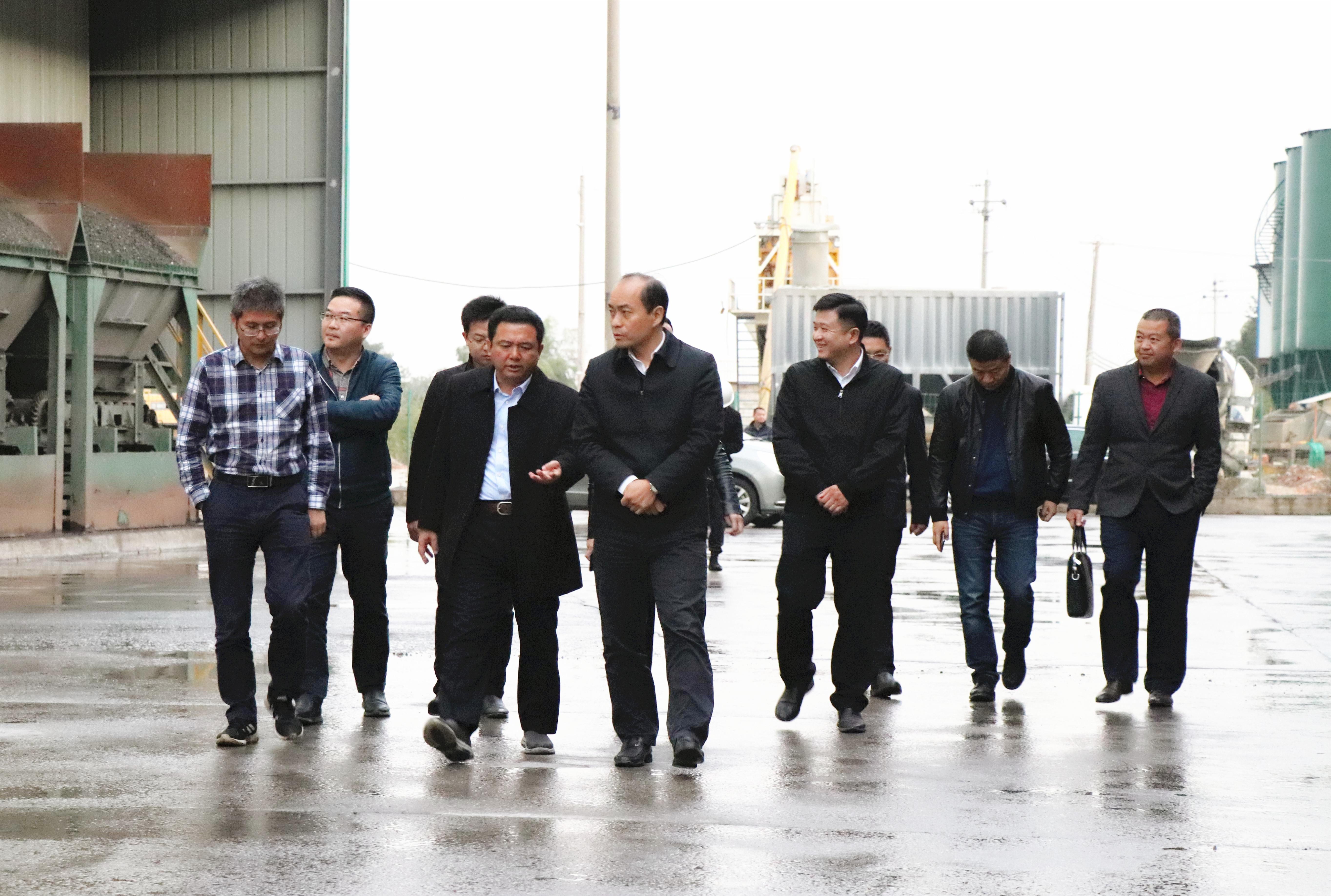 2019年11月20日 湖南省住建厅副厅长舒行钢莅临mg4355科技调研指导